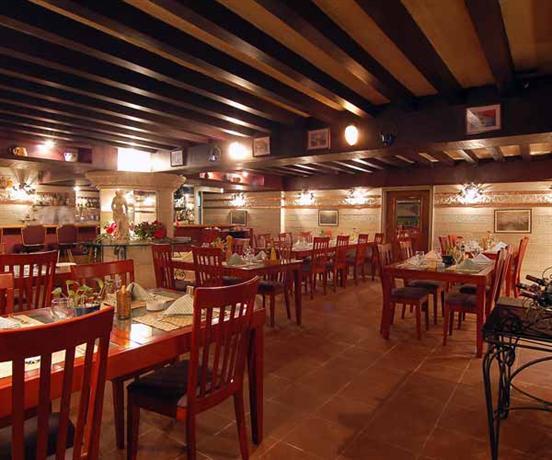 Semiramis Hotel Damascus - dream vacation