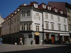 Apartment Hotel Laurinska Bratislava - Bratislava -