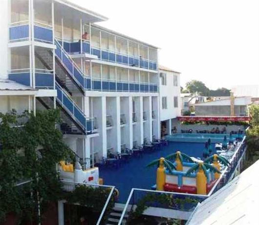 Курортный отель Орешник