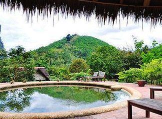 بالصور لعشاق الغرابة و الأستجمام أغرب فندق في تايلند - فندق في داخل غابات تايلند