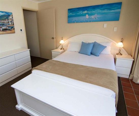 Photo: Crystal Beach Apartments