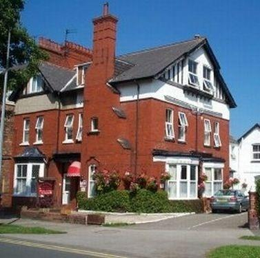 Ivanhoe Guest House - dream vacation