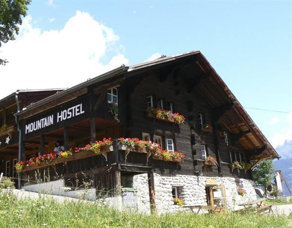 Mountain Hostel - dream vacation