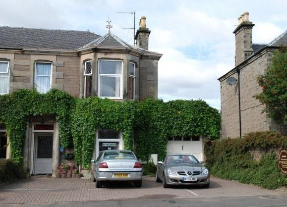 Dunallan Guest House - dream vacation