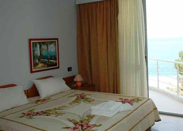 Hotel Seaside Saranda - dream vacation