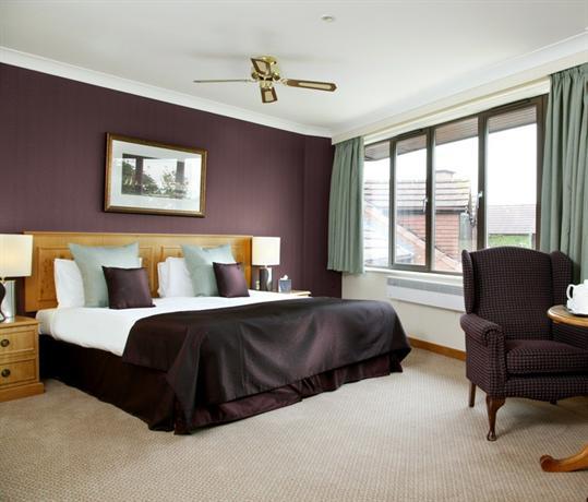 Abbey hotel golf spa redditch compare deals for Abbey road salon