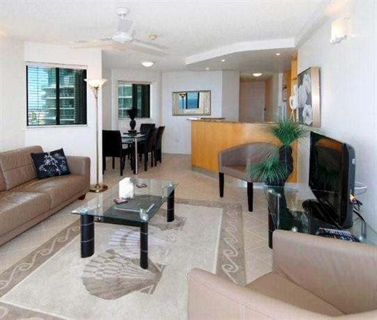 Photo: Malibu Apartments