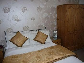 The Ridings Guest House_6