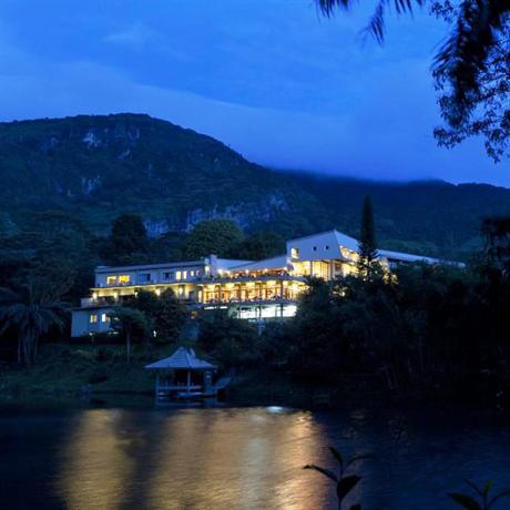 Hunas Falls by Amaya Kandy - dream vacation