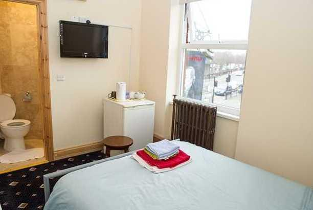 Beaconsfield Hotel_24