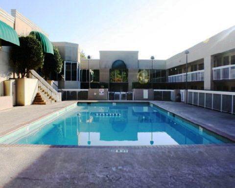 Gainesville Inn & Suites - dream vacation
