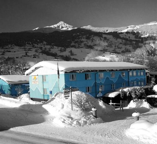 Mountain Hostel - Swiss Hostel - dream vacation