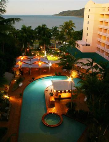 Rydges Tradewinds Cairns - dream vacation