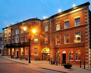 Wynnstay Arms Hotel Wrexham - dream vacation