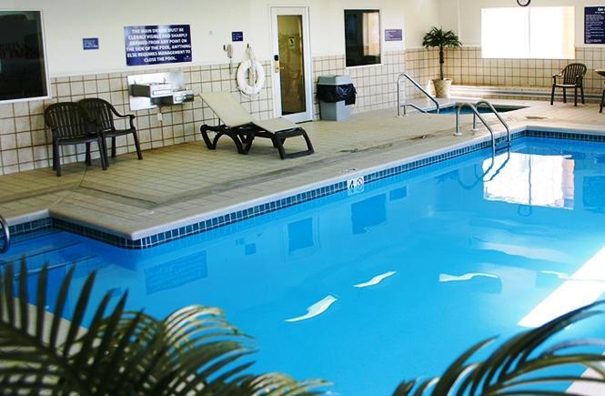 crystal inn hotel suites great falls. Black Bedroom Furniture Sets. Home Design Ideas