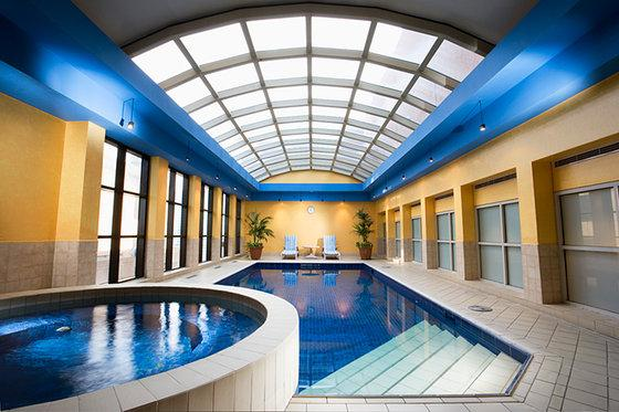 Stamford plaza melbourne compare deals - Stamford swimming pool opening times ...