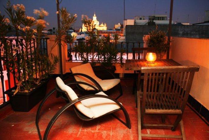 Hotel Plaza Seville Хостел Монет Севилья (Спаин)