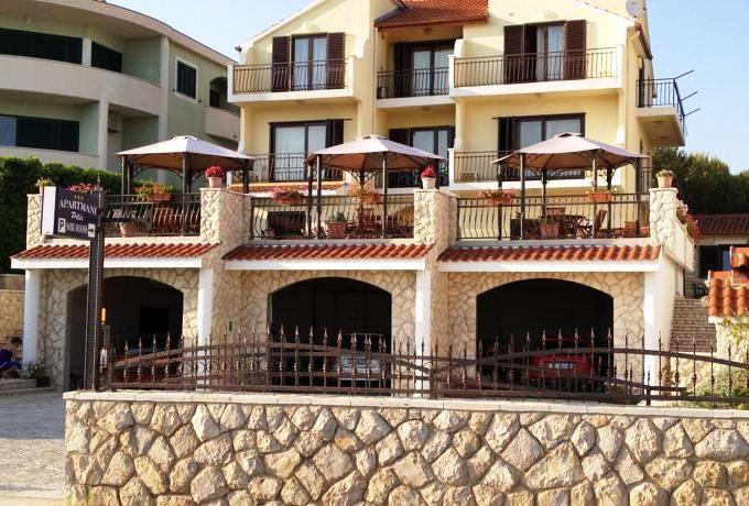 Apartments Pilic - dream vacation