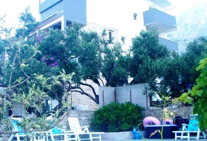 Apartments Mila Makarska - dream vacation