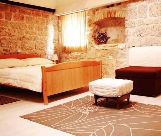 Tragurium & Salona Apartments - dream vacation