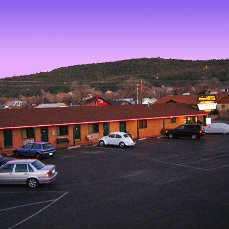 Westerner Motel_6