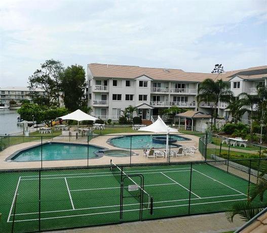 Photo: Pelican Cove Apartments