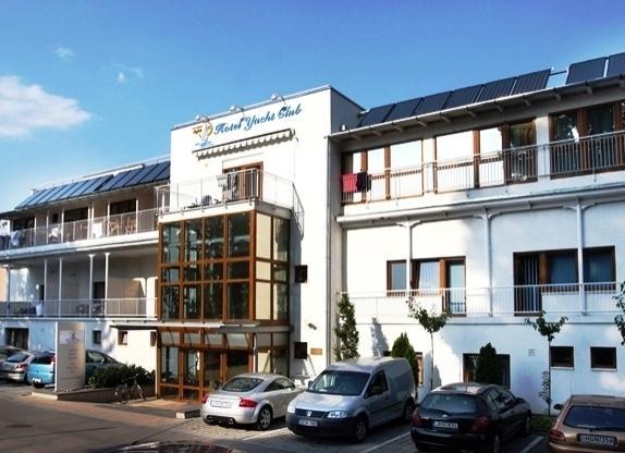 Yacht Club Wellness & Seminar Hotel - dream vacation