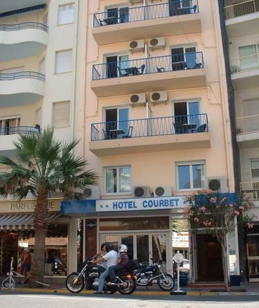 Hotel Courbet_11