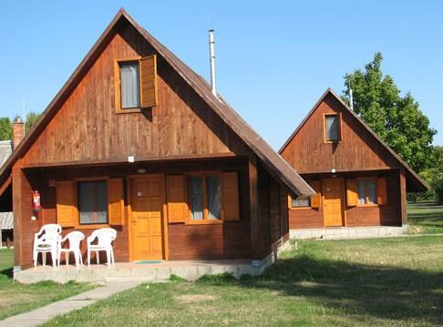 Zsory Camping es Udulohazak - dream vacation