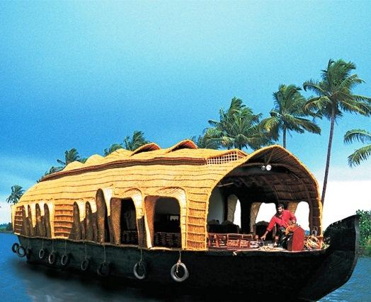 Indraprastham Cruise Kumarakom - dream vacation