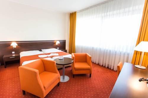 Tatra Hotel - Bratislava -