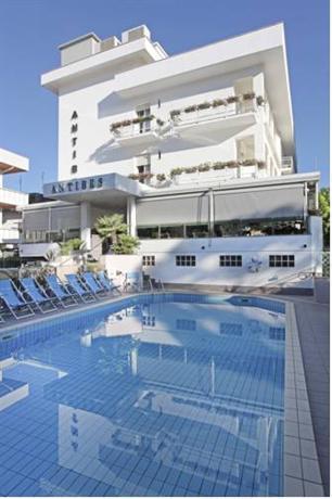 Hotel Antibes - dream vacation