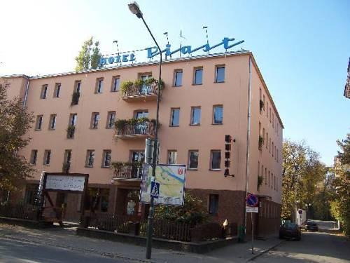 Hotel Piast Brzeg - dream vacation