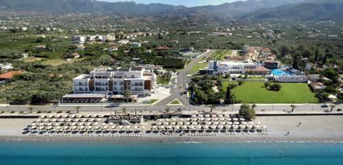 Elite City Resort - dream vacation