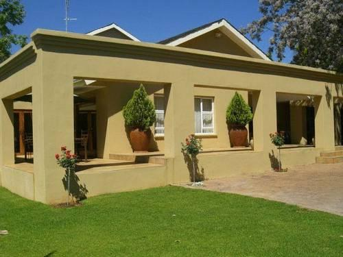 Bayswater Lodge Guest House Bloemfontein - dream vacation