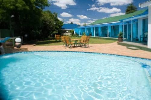 Palm Lodge Bloemfontein - dream vacation