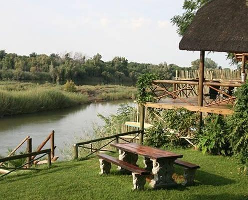 River Bank Lapa - dream vacation