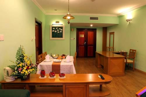 Sai Gon Ha Long Hotel - dream vacation