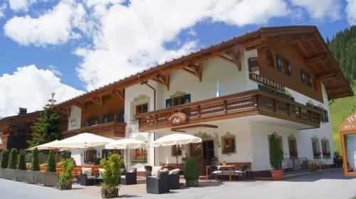 Hartenfels Hotel - dream vacation