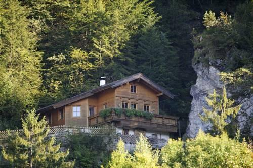 Wasserfallhutte Kufstein - dream vacation