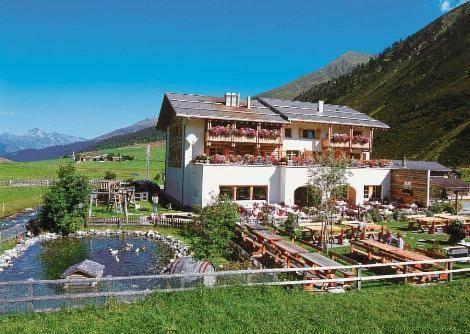 Hotel Walserhuus Sertig - dream vacation