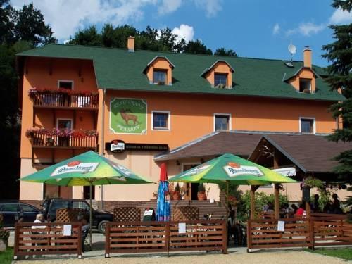 Restaurant Pension U Stribrneho Jelena Zum Silbernen Hirsch - dream vacation