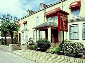 Centennial Hotel Cambridge - dream vacation