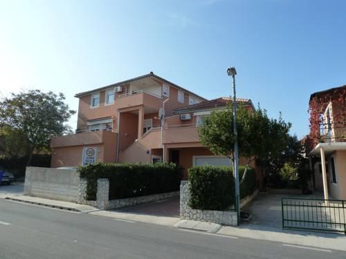 Apartments Branimir - dream vacation