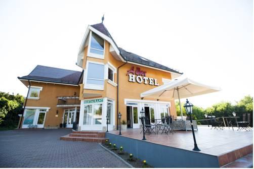 Adler Hotel Siofok - dream vacation