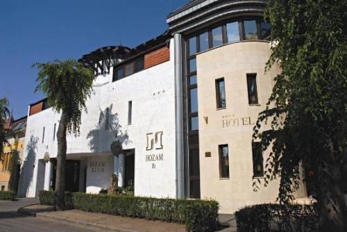 Hozam Hotel - dream vacation