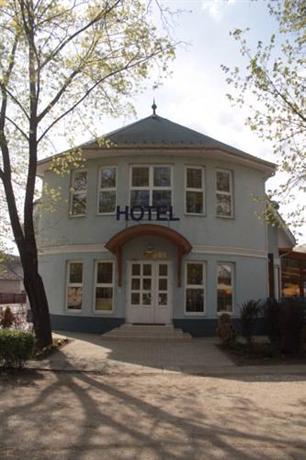 Strand Hotel Noszvaj - dream vacation