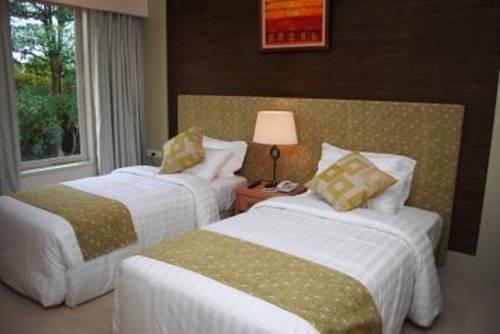 Ria Bintan Golf Lodge - dream vacation