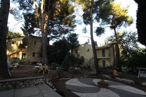 Safed Inn - dream vacation