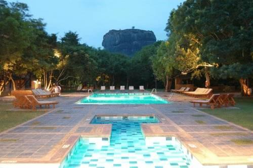 The Hotel Sigiriya - dream vacation